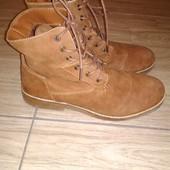 Фирменные ботинки 43 р Bershka. Стелька 28