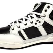 Кроссовки-Полуботинки белые с черными вставками (М-2012)