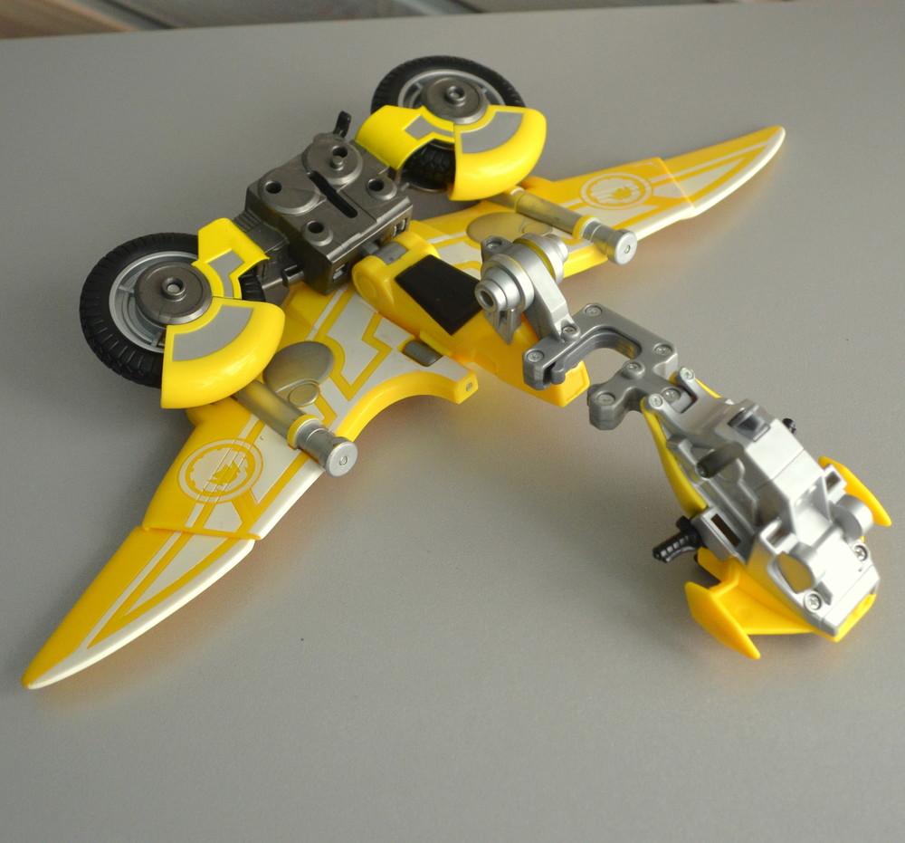 Мотоцикл bandai самолет трансформер фото №3