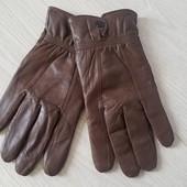 Мужские кожаные перчатки.