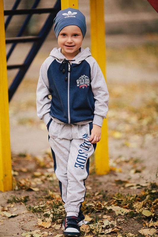 Стильный спортивный костюм для мальчиков фото №1