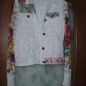Desigual ( 40) джинсовая куртка с ажурными рукавами