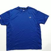 Фирменная спортивная футболка XL