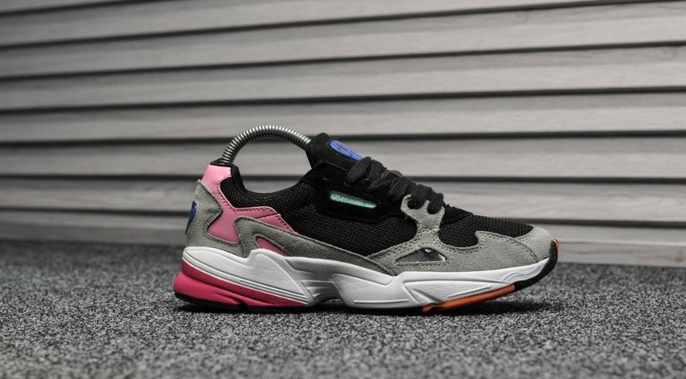 10+ цветов. женские кроссовки adidas falcon фото №1