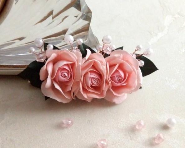 Ніжна заколка з трояндами фото №1
