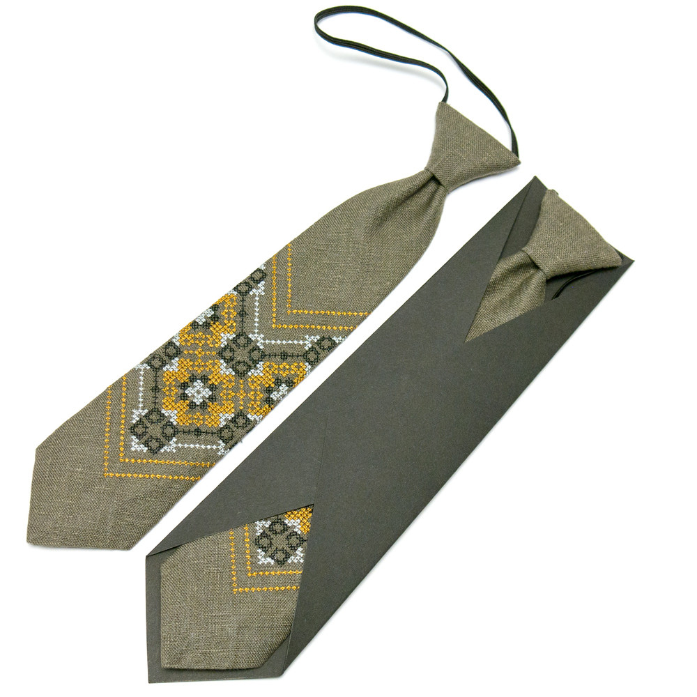 Дитяча вишита краватка з льону фото №1