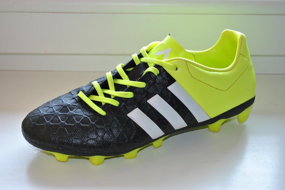 Бутсы adidas р. 40 (25 см) фото №1