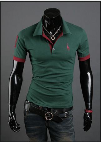 Мужская футболка с воротником зеленая код 56 фото №1