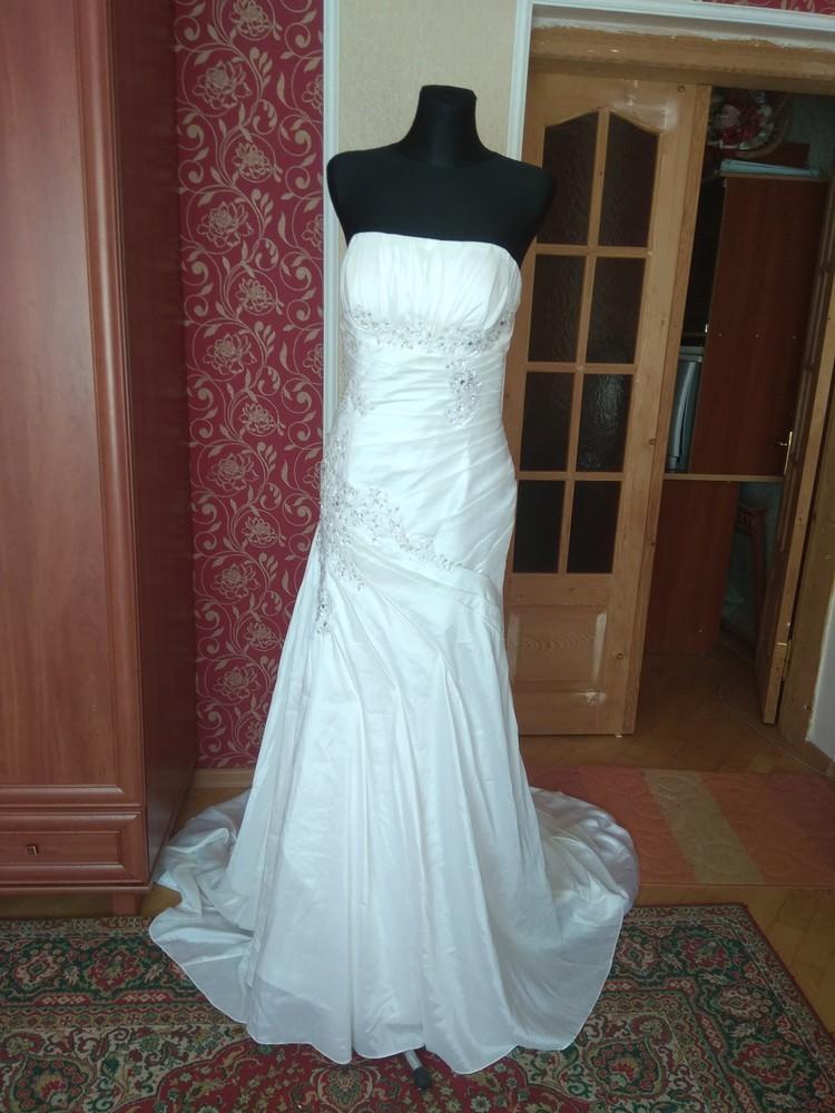 Плаття весільне рибка  з кружевом та камінчиками,розмір l фото №1
