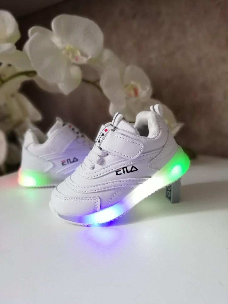 Белые стильные кроссовки- мигалки 23,24,33 р фото №1