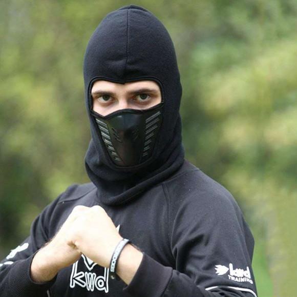 Балаклава теплая с маской и вентиляцией air flow для зимних видов спорта фото №1