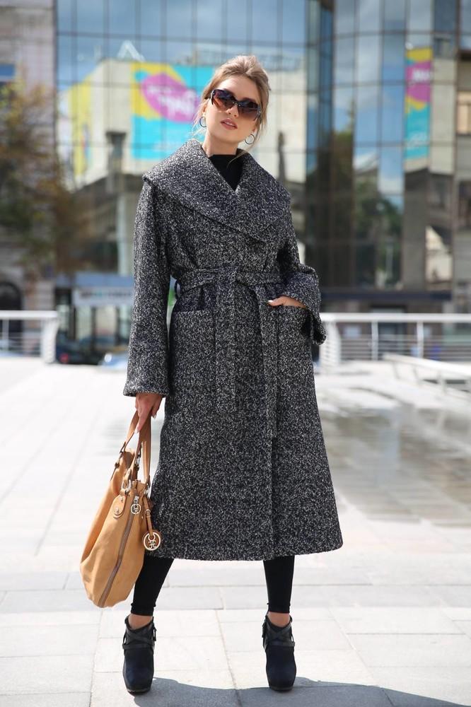 Женское осеннее пальто с поясом фото №1
