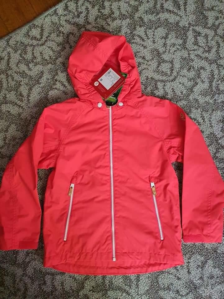 Куртка reima, размер 8 лет ( 128 см +6). новая. все основные швы в этой демисезонной детской кур фото №1