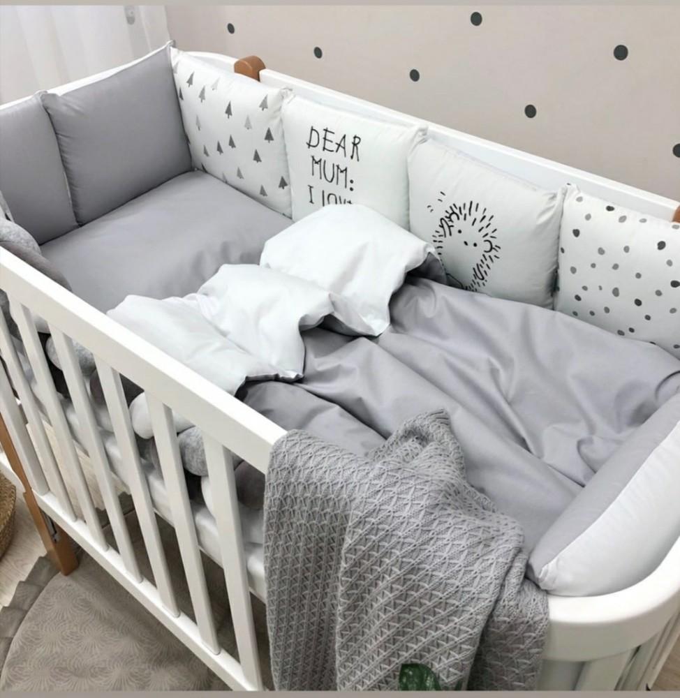Оригинальный набор постельного в кроватку: бортики-подушки и коса ежик фото №1
