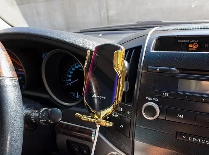 Беспроводное зарядное для телефона в автомобиль. телефонный держатель в машину. фото №1
