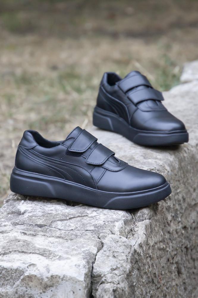 Кожаные черные кроссовки на каждый день фото №1