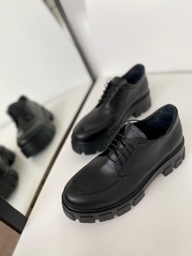Стильная новинка! женские туфли дерби на массивной подошве, натуральная кожа/лак фото №1