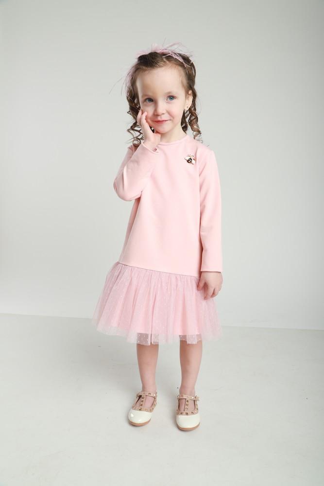 Милое трикотажное платье с оборочкой фото №1