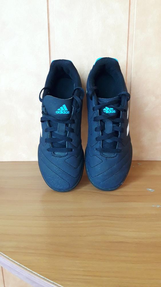 Бутсы футбольные сороконожки футзалки adidas 33р стелька 20см фото №1