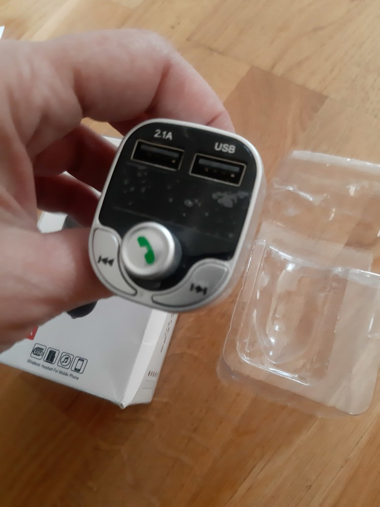 Модулятор fm трансмітер car x8 з bluetooth mp3 фото №1